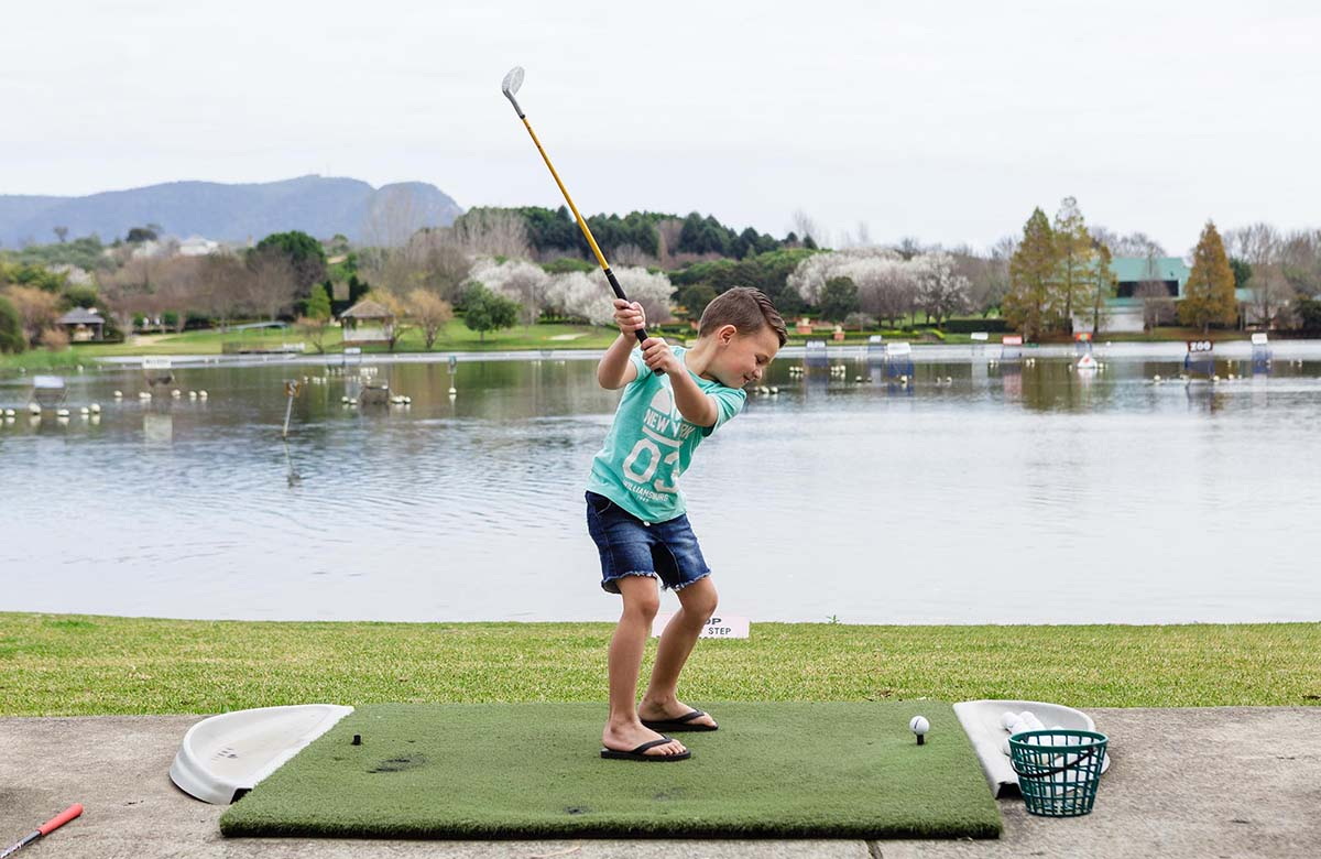 33+ Aqua golf hours info